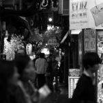 新宿の夜をモノクロで切り取ってみる