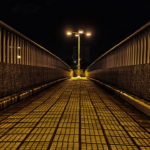 新大阪駅東口!夜の歩道橋をHDR合成で不気味に仕上げる