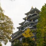 岡山城が黒くて渋くてカッコ良かったけど、50mmで城をカッコよく撮る技術はまだなかった