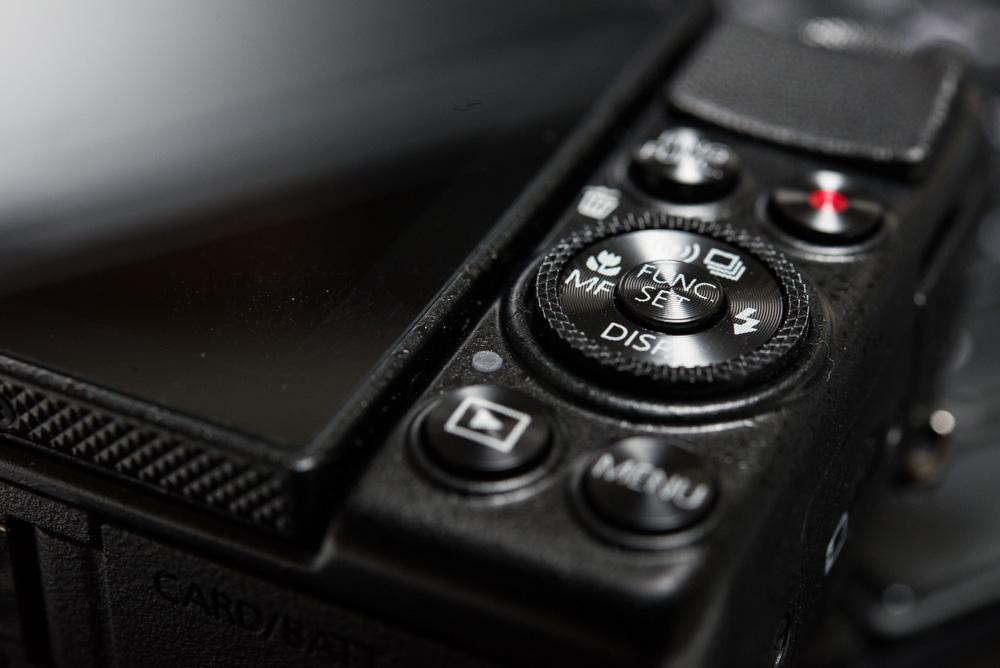 キヤノンPowerShot G7Xを購入