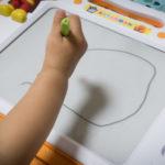 1才児が夢中!何度も遊べるお絵かきおもちゃを購入