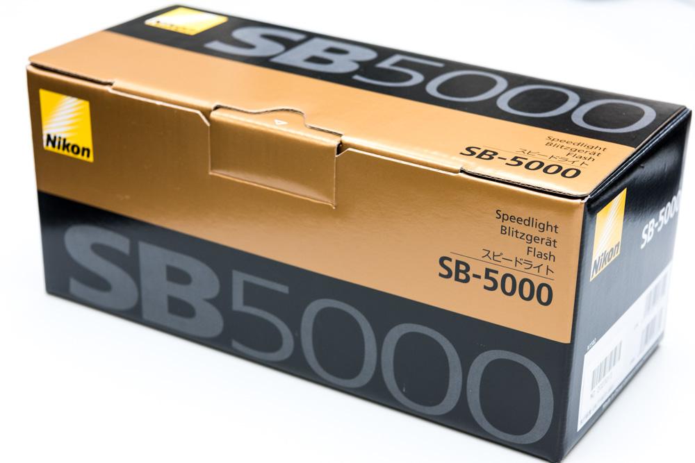 ニコンのスピードライトSB-5000購入