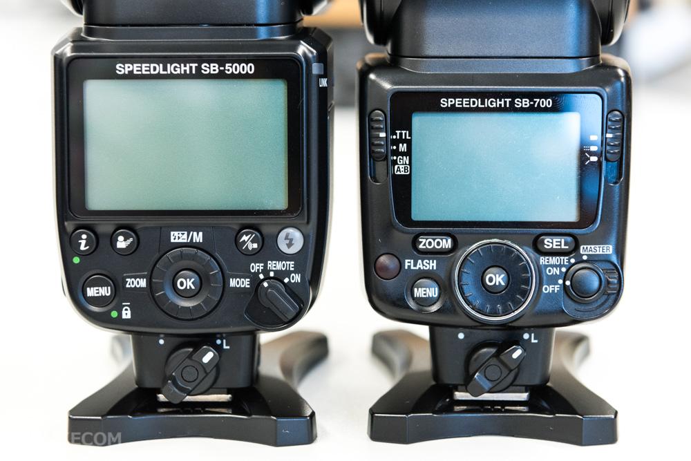 SB-5000の電源スイッチ