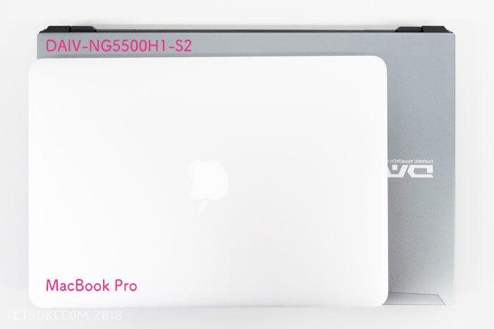 MacBook Proとの比較画像