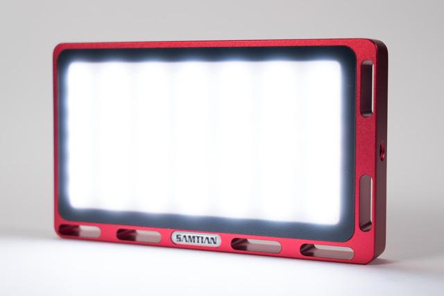 RGBビデオライト